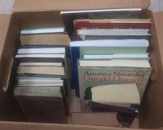 https://www.ebay.com/itm/124172554290GB4162009 GRAB BOX OF BOOKS #1  CONTAINS BOOKLETS & HARD BACK BOOKS BOX 75B  $5