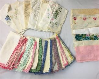 https://www.ebay.com/itm/114189783839KB0113: Lot of Vintage Ladie's Handkerchiefs  $15