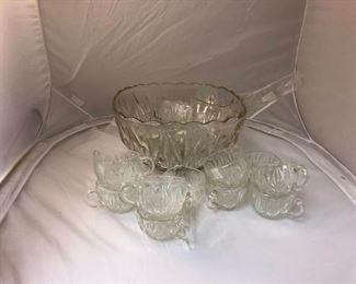 https://www.ebay.com/itm/114167483748LAN9941: Vintage Punch Bowl Set (18 Pieces) Local Pickup  $5