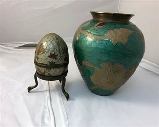 https://www.ebay.com/itm/124148926950LAN9944: Pair of Enamel Items: Vase and Box Local Pickup  $10