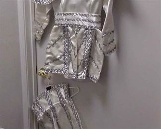 $35 https://www.ebay.com/itm/124135566229NNS002 VINTAGE USED PROTEUS MARDI-GRAS CHILDS PAGE OUTFIT SMALL  $35