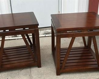 https://www.ebay.com/itm/124151271672PA024: Wood End Table / Accent Table Local Pickup $65 Each