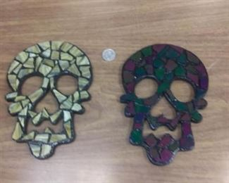 https://www.ebay.com/itm/114154804877RAFE00005 FOLK ART SKULL  BY ARTIST KELLY ISRAEL. MADE BY HAND NO TWO PIECES ARE EXACTLY ALIKE  ea $20 Ea