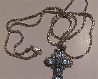https://www.ebay.com/itm/124156099703RX4152016 STERLING SILVER  24 INCH ROPE CHAIN & CROSS WITH BLUE STONES WEIGHT 5.3 GRAMS RX BOX 1 RX4152016 $39