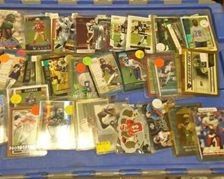 https://www.ebay.com/itm/124139670647Rxb020 NFL FOOTBALL ROOKIE CARD & INSERT COLLECTION BOX 0 $175