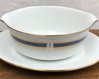https://www.ebay.com/itm/123960391359SM2005: Noritake Japan Blue Dawn China 6611 Gravy Boat  $15