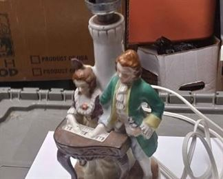 https://www.ebay.com/itm/124173650051ABO335 SMALL VINTAGE CERAMIC FIGURINE LAMP MAN & WOMAN WITH PIANO  MADE IN OCCUPIED JAPAN BOX 74 ABO335$20