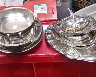 https://www.ebay.com/itm/124173792649BOX071 LOT OF 15 VARIOUS SIZE SILVER PLATED TRAYS BOX071$40
