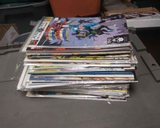 https://www.ebay.com/itm/114212101067RX5012003 MARVEL COMICS BOOK LOT OF 45 CAPTAIN AMERICA TITLES BOX 77 RX5012003$100