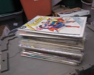 https://www.ebay.com/itm/124175680494RX5012005 DC BRONZE AGE COMICS BOOK LOT OF 55 . SUPERMAN STARRING IN ACTION COMICS $200.00 BOX 77 RX 5012005$200