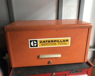 https://www.ebay.com/itm/114212312679LAN9846: Caterpillar Metal Tool Box with DrawersAuction