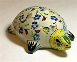 https://www.ebay.com/itm/124176096352JX001: ACAPULCO PRINCESS MEXICO SOUVENIR CERAMIC TURTLE HAND PAINTED FOLK ART $20.00