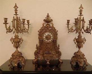 Articolo Garantito brass ornate clock with FHS Germany works and 2 matching candelabras (clock needs repair)