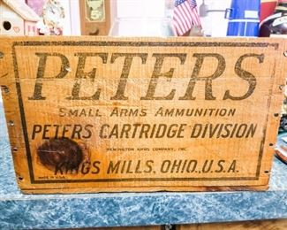 Vintage Peter's Shotgun Shell Wood Box