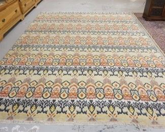 1012  ROOM SIZE RUG. 9 FT X 12 FT