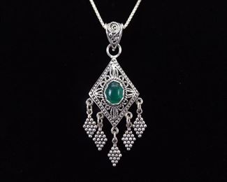 .925 Sterling Silver Green Crystal Cabochon Pendant Necklace