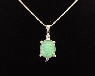 .925 Sterling Silver Green Crystal Turtle Pendant Necklace