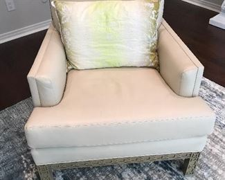 "Global View cream leather ""Dickinson"" arm chair"