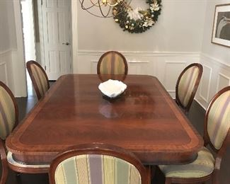 "Henredon ""Ashton Court"" Dining table - 3 leaves.       Set of 8 Bernhardt dining chairs with silk upholstery"