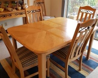 Blonde Vintage Table with 6 Wrought Iron Detailed Chairs