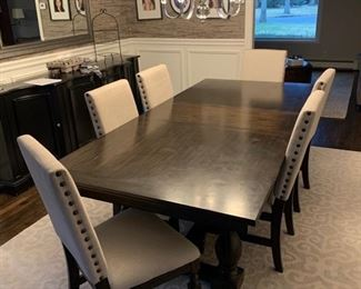 Dining table with nail head chairs
