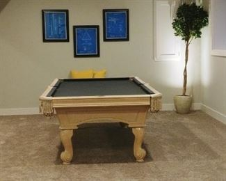 Olhausen 8 foot pool table with dark gray/charcoal felt perfect !