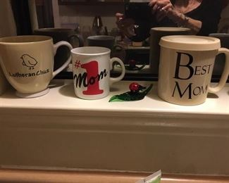 Various Coffee ups!  Mom can never have toooo many coffee cups
