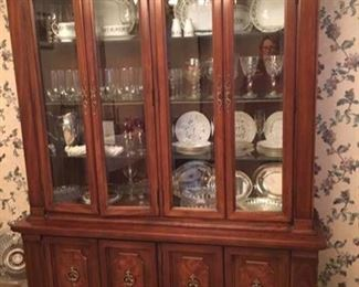 Beautiful China Display Cabinet