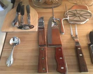Knives and serving pieces