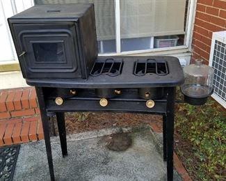 Awesome vintage kenmore kerosene stove