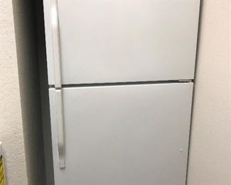 laundry room 2 door fridge -clean and works great