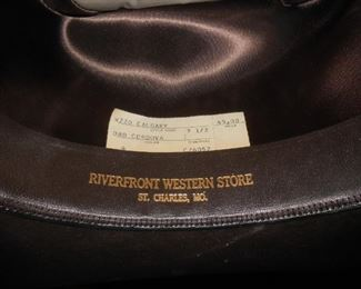 Riverfront Western Store, St. Charles, MO