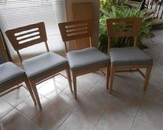 Full set includes (5) side chairs and (1) Captains chair