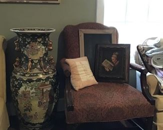 Large Asian urn, many side chairs