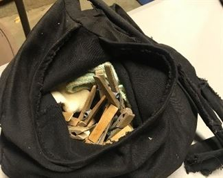 Clothespin pouch