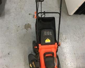 Nice Black + Decker Electric Corded Mower