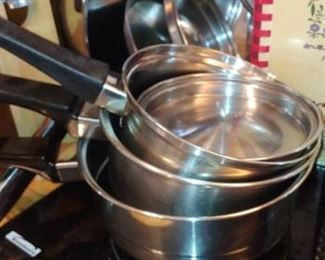 Nice set of stainless steel cookware