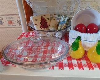 Beautiful princess house casserole dish and Bowl