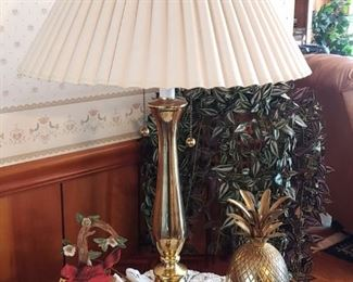 Beautiful classy elegant brass two bulb lamp
