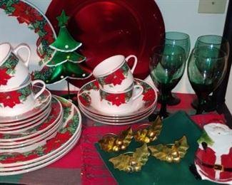 Poinsettia Christmas dishes