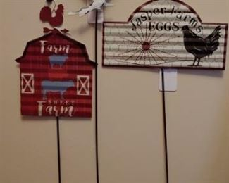 Country and farm decor