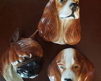 Sweet wall art of dogs