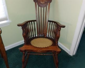 Awesome antique rocking chair