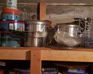 Numerous pressure cookers
