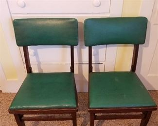 Folding Green Chairs