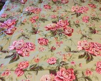 Queen Size Reversible Comforter