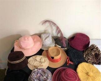 Assortment of Ladies Vintage Hats