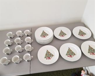 Alco Industries Christmas Tree Pattern