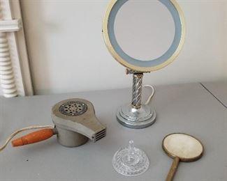 Vintage Bathroom Items