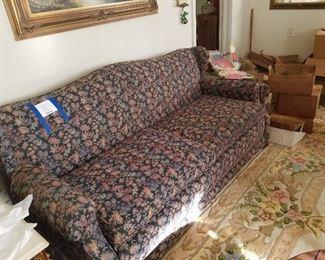 Vintage Floral Sofa Hide-a-bed